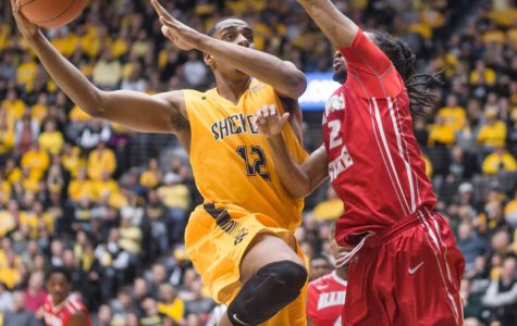 Shockers roll the Redbirds