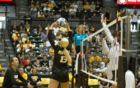 Larson records double-double, volleyball sweeps Loyola