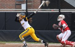 Softball's sweep ruined on Loyola walk-off