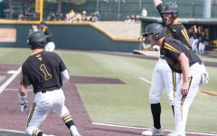 Intentional walk comes back to haunt Shockers in 10th inning