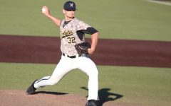 Pitching shuts down Salukis, advances Shockers in MVC Tournament