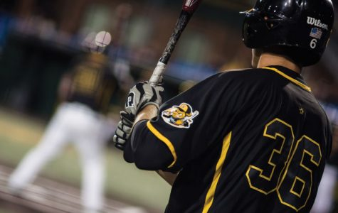 Black defeats Gold in Fall World Series