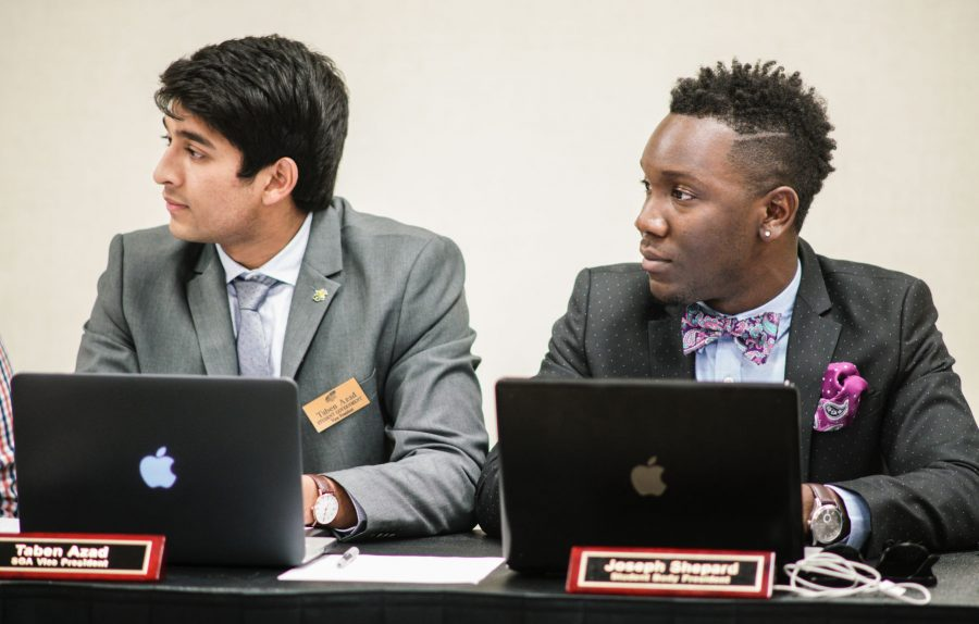 SGA Senate passes a resolution to recognize Black Lives Matter movement.