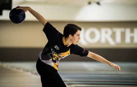 Bowling falls short in first meet