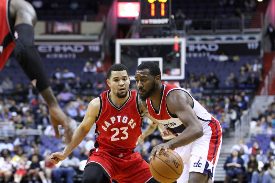 Fred+VanVleet+defends+John+Wall.+VanVleet+had+a+steal+and+five+defensive+rebounds+against+the+Washington+Wizards.+%28Oct.+22%2C+2016%29