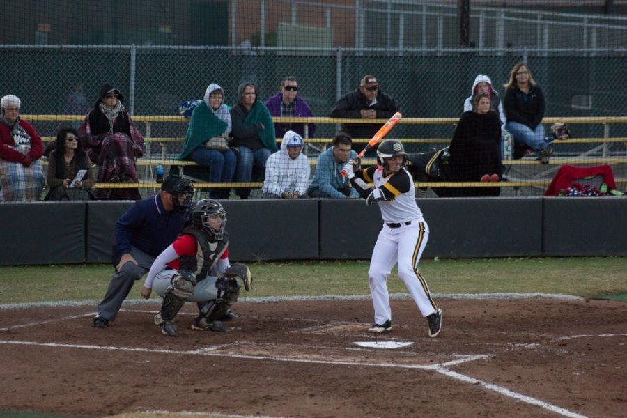 Sophomore+utility+Bethany+Canada+gets+ready+to+swing+the+ball+on+Wednesday+against+Hutchinson+Community+College.+Shockers+collected+21+hits+to+score+18+runs+for+the+sixth+win+of+the+fall+season.