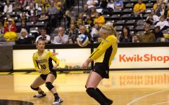 Jody Larson to turn pro after graduation