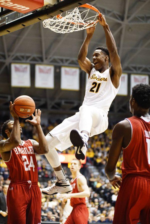Willis, Jr. dunk