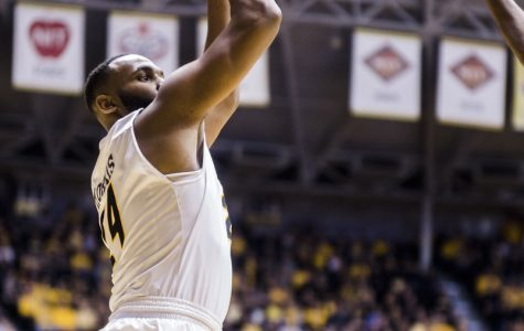Morris, Frankamp power Wichita State past Evansville