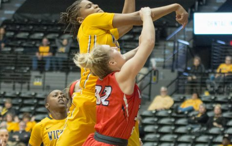 Tompkins' career-high, fourth quarter defense gives Shockers third straight