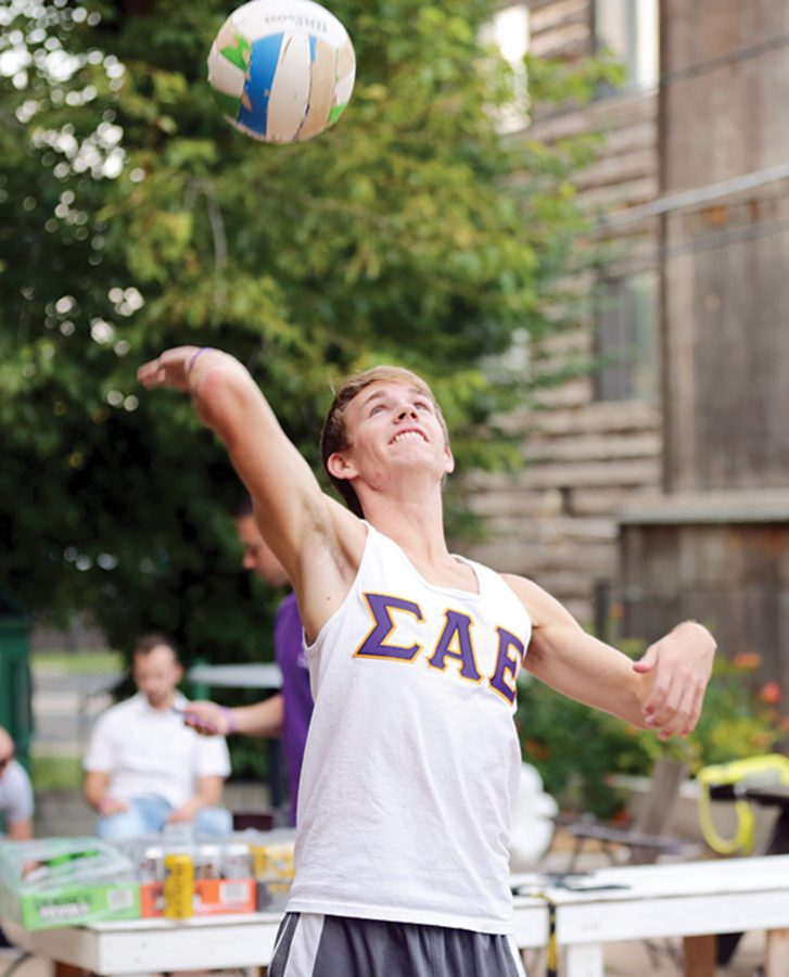 Administration looks to Greek Life to solve retention issues