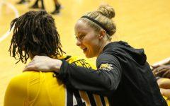 Seniors shine in final home game