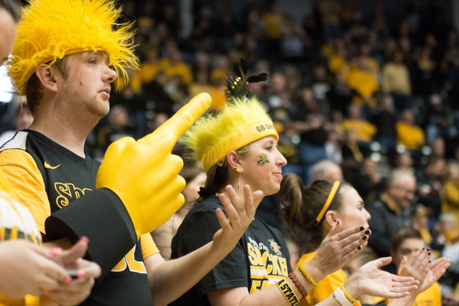 Fans+cheer+on+the+Shockers+at+Koch+Arena.+Feb.+4%2C+2017.+