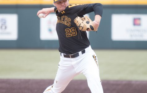 Barnhouse guides Shockers to win over Valparaiso