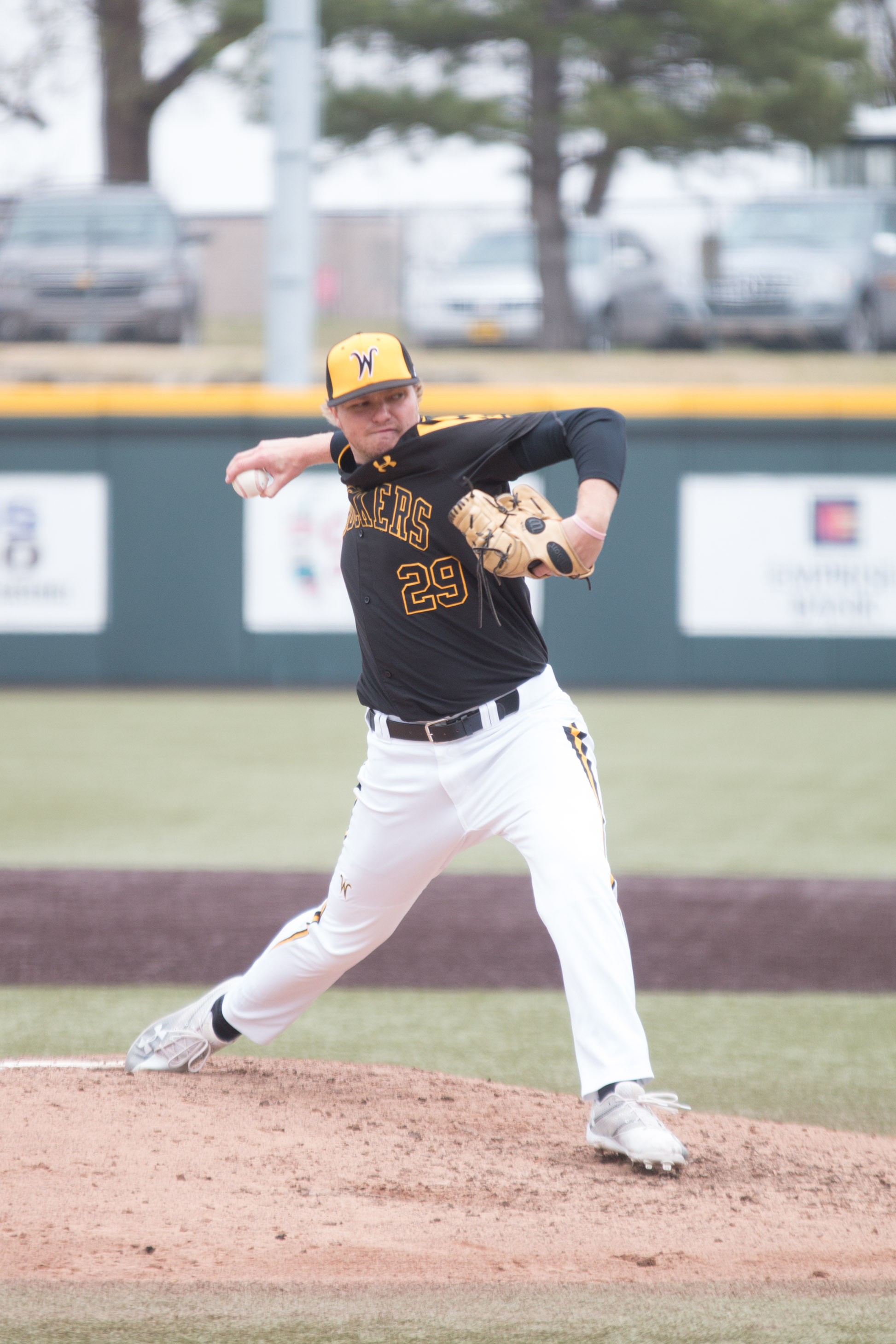 Freshman Tommy Barnhouse winds up a pitch during the game against Valparaiso Saturday afternoon.