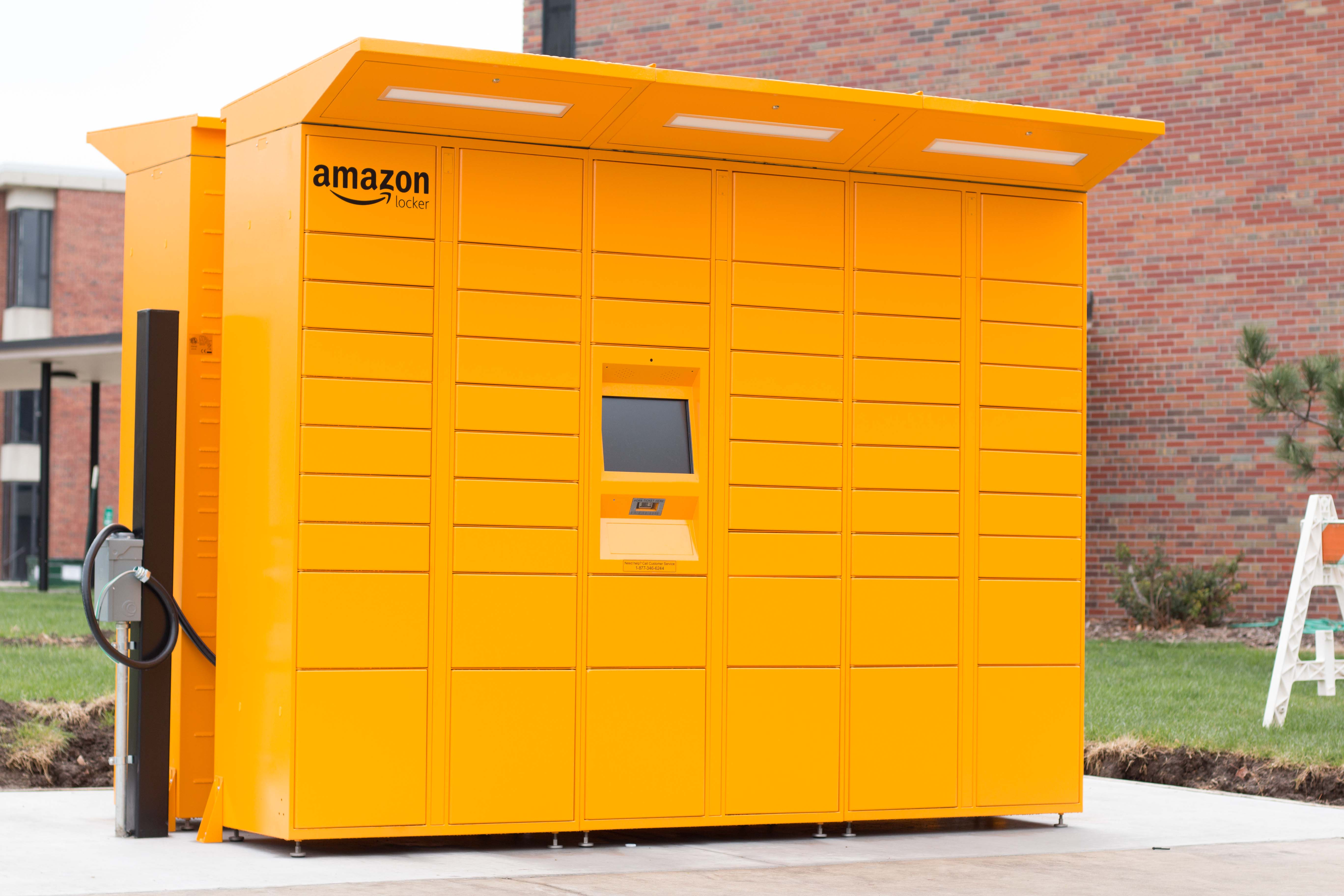 amazon lockers come to wichita state the sunflower. Black Bedroom Furniture Sets. Home Design Ideas