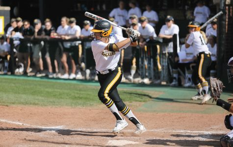 Home runs from Wright, Adams force Missouri State split