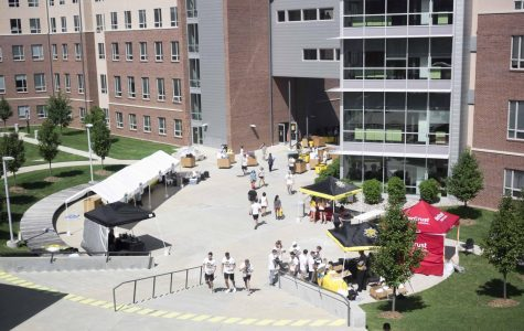 Move-in day at Wichita State: frustrations, excitement, extra beds