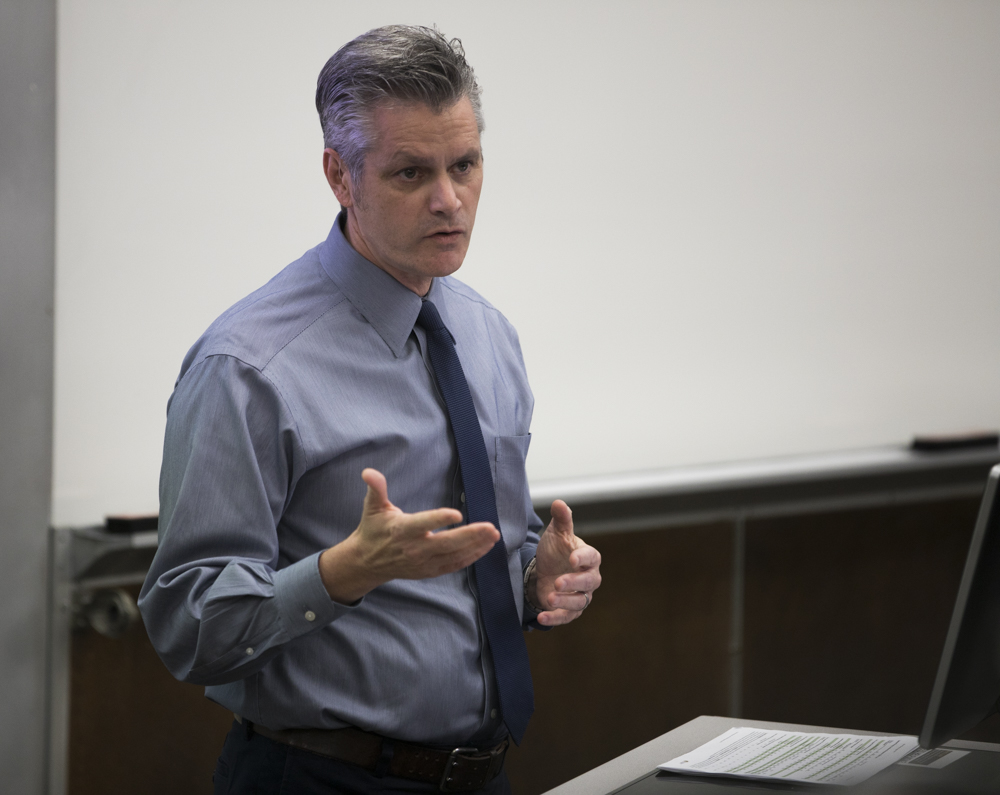 Rick Mama address Faculty Senate about enrollment numbers at the Oct. 23 meeting.