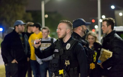 Annual safety walk held to find unsafe spots on campus