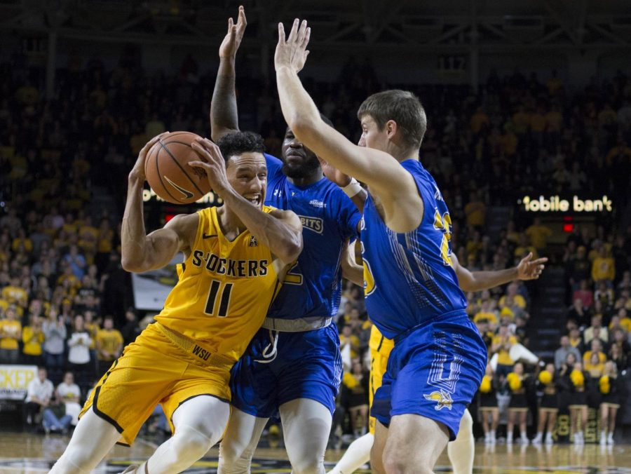 Shockers move up to No. 3; Shamet named Player of the Week