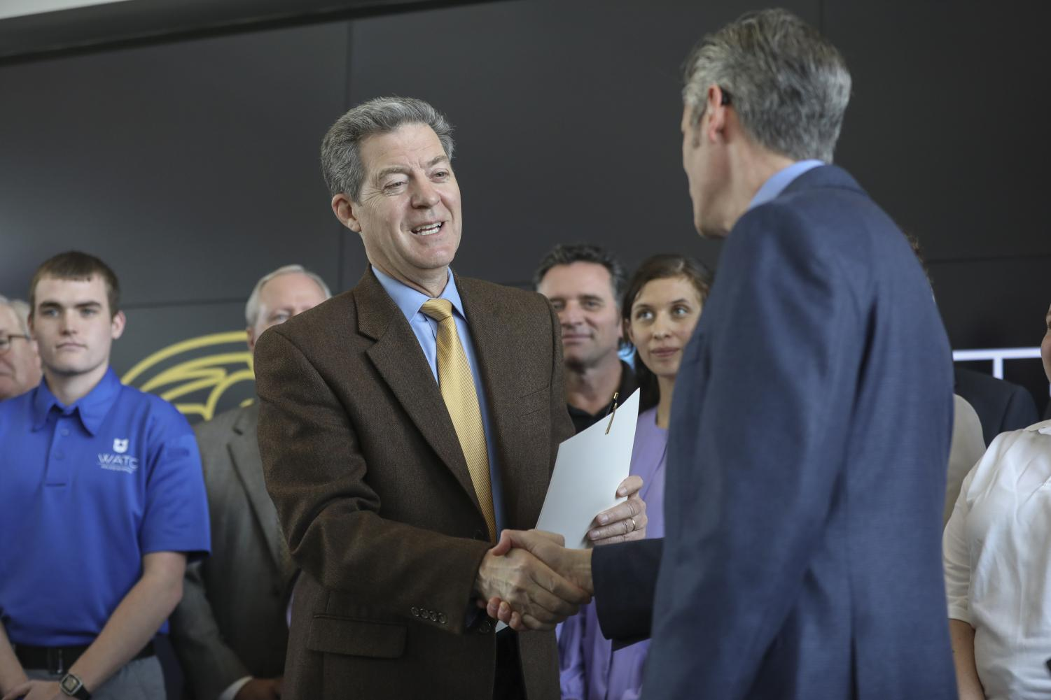Next Kansas governor seeks to patch up legislator relations