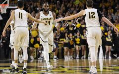 'Shooters shoot:' Shocker guards ignite 21-point win over UConn