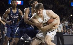 PHOTOS: Shockers top Huskies 95-74