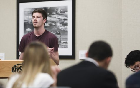 Student senate calls for longer Thanksgiving Break