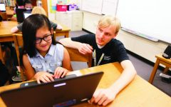 Student teaches coding to USD 259 students