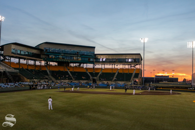 The+sun+sets+behind+Eck+Stadium+on+March+9%2C+2018+during+the+WSU+versus+UTA+game.