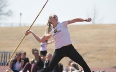 PHOTOS: Shockers host first outdoor home meet of season