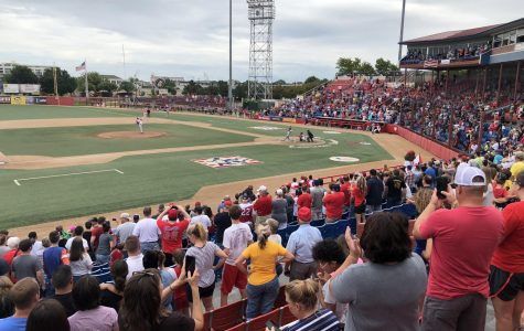 Fans reminisce, speculate on last day of baseball at Lawrence-Dumont