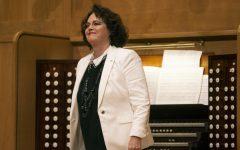 """PHOTOS: Organ professor performs for """"Wednesdays in Wiedemann"""""""