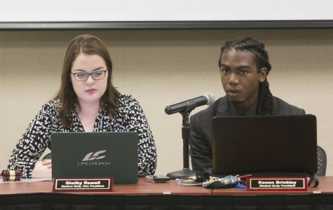 Kenon Brinkley resigns as student body president, will be replaced by Shelby Rowell