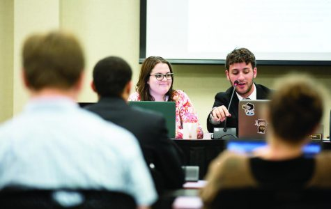 Student Senate approves allocation of $2,600 to buy 3 new laptops