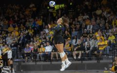 Wichita State volleyball loses third straight after five sets against league's worst