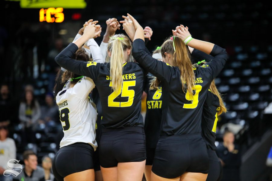 Wichita+State+volleyball+huddles+together+before+the+start+of+their+game+on+Nov.+11%2C+2018+against+SMU.