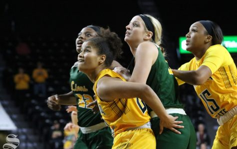 Freshman guard leads Shockers to exhibition victory