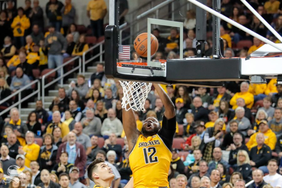 Wichita+State+freshman+Morris+Udeze+dunks+the+ball+during+their+game+on+Dec.+15%2C+2018+at+INTRUST+Bank+Arena.