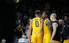 Dennis, Shockers steamroll Golden Hurricane with near-perfect offense