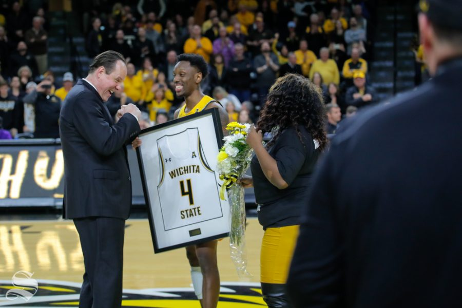 Wichita+State+senior+Samajae+Haynes-Jones+speaks+with+Coach+Marshall+and+his+sister+after+the+game+against+ECU+on+March+5%2C+2019+at+Charles+Koch+Arena.+%28Photo+by+Joseph+Barringhaus%2FThe+Sunflower.%29