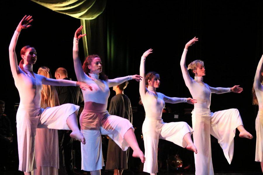 Dream figments (Randi Reinert, Nadia Al-Khalidi, Megan Reinhart, and Trevor Hayden) dance in Eros - The Ascent to Grace.