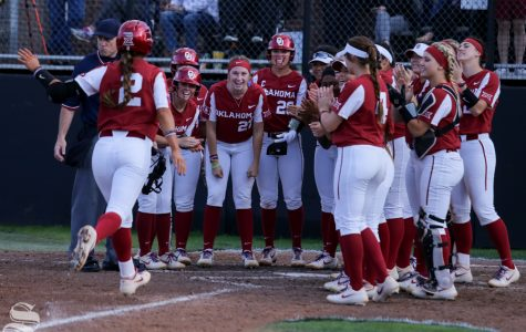 No. 1 Oklahoma shuts out Wichita State softball