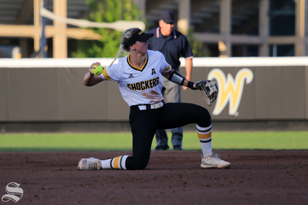 Wichita+State%27s+Laurie+Derrico+fields+a+ground+ball+to+third+base.+No.+1+Oklahoma+defeated+Wichita+State+8-0+in+five+innings+on+April+24+at+Wilkins+Stadium.+%28Photo+by+Evan+Pflugradt%2FThe+Sunflower%29.