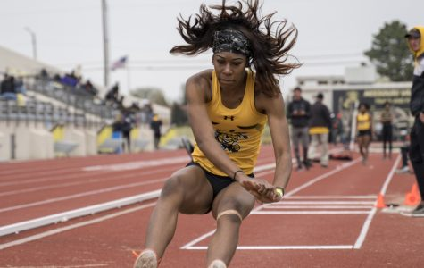 PHOTOS: Track and Field competes at K.T. Woodman Classic