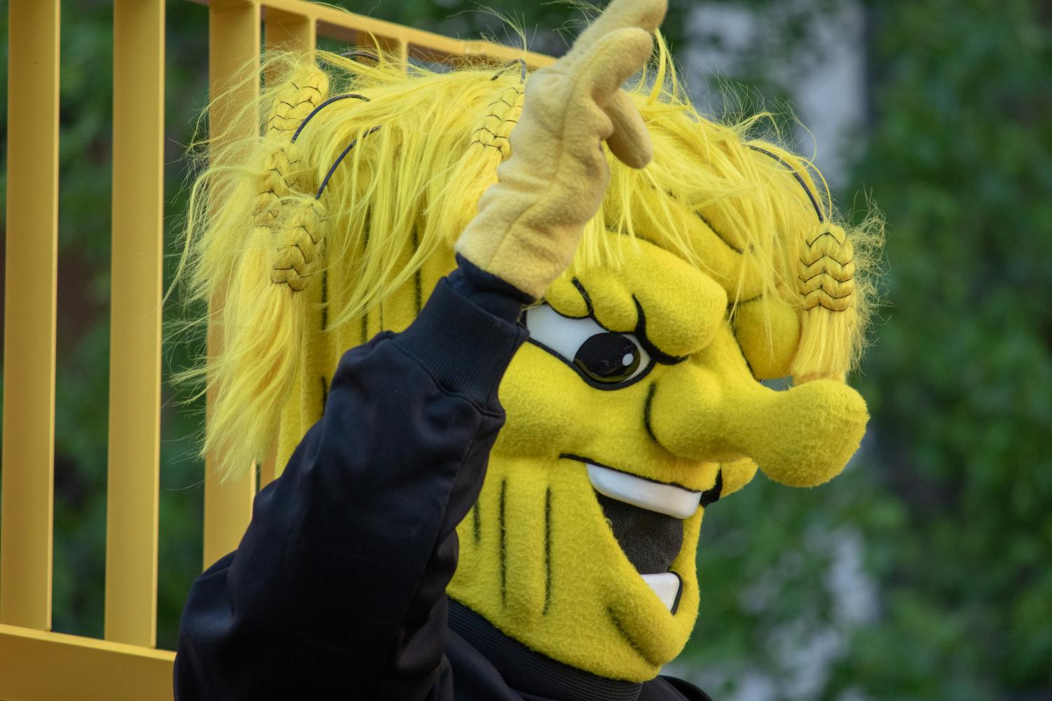 WuShock%2C+the+Wichita+State+mascot%2C+joins+the+Riverfest+Sundown+Parade.