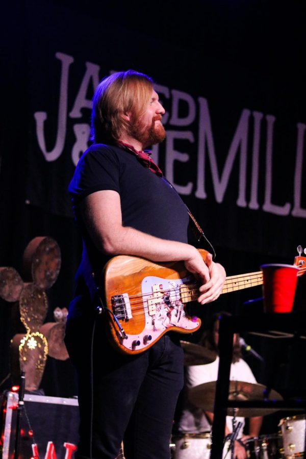 Chuck Morriss III, bassist for Jared & The Mill, performs at WAVE on Wednesday, October 16.