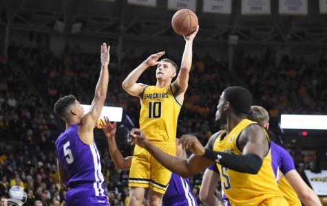Shockers use hot first half shooting to glide past Abilene Christian