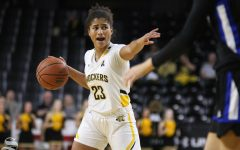 Shockers overcome 15-point deficit, defeat Tulsa at home